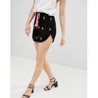 Glamorous Shorts With Pom Pom Trim And Tassle Ties With Flamingo Embroidery Cute right? 1267036 OKUNYAF